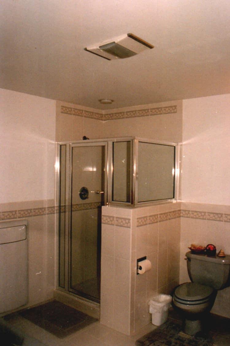 Ceramic tile bathroom
